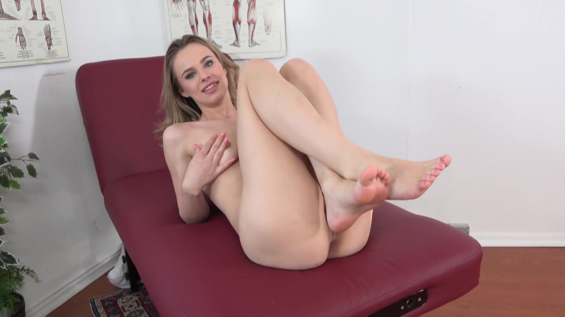 Big cock make her squirt