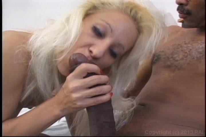 Orgasm renders wife unconscious