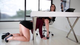 Streaming porn video still #4 from Who's The Boss