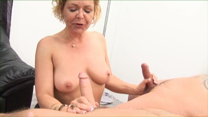 Free online lonely housewives fucking sucking