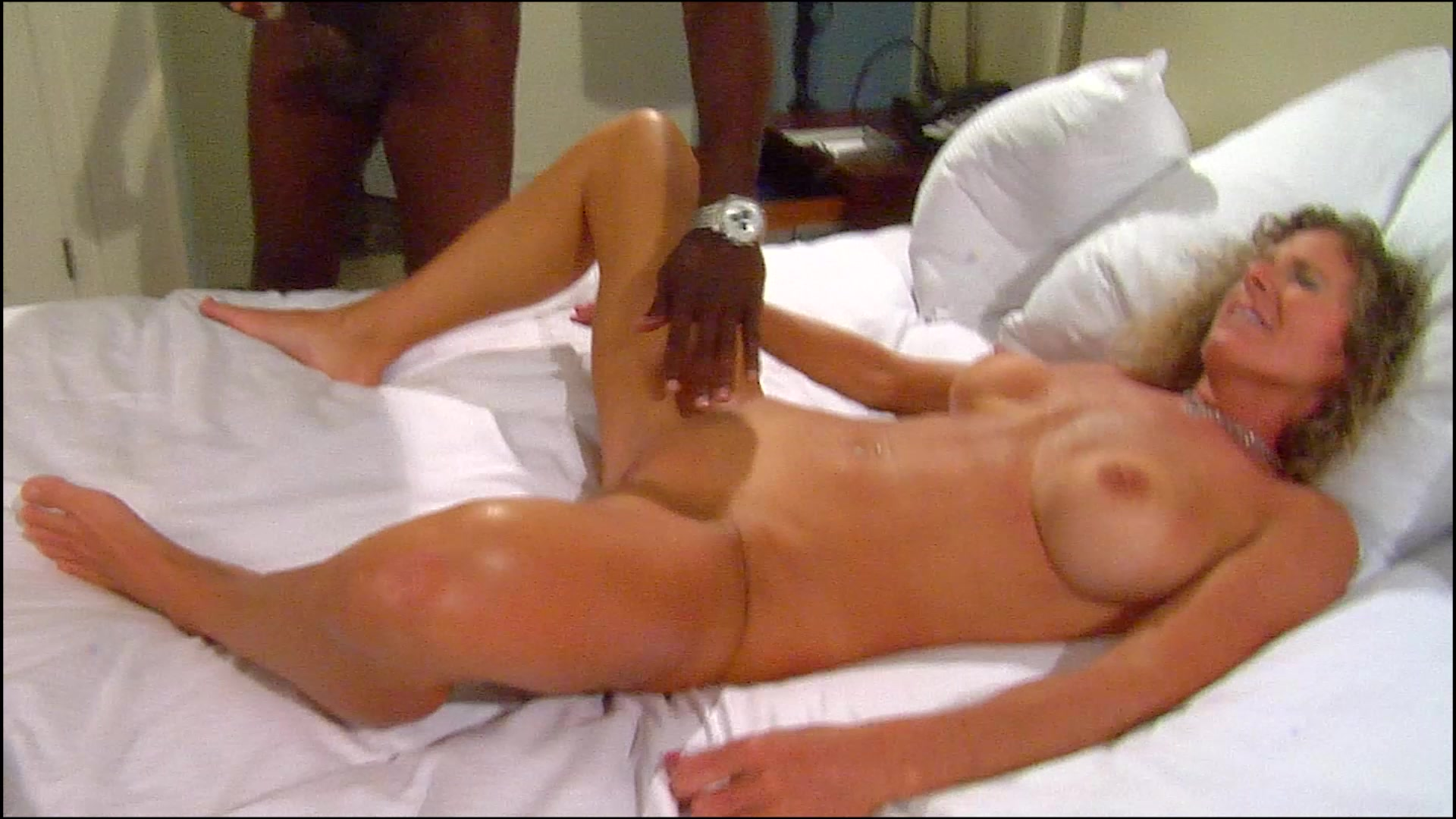 Mature wife meets her boyfriend at our hotel and fucks him - 2 part 5