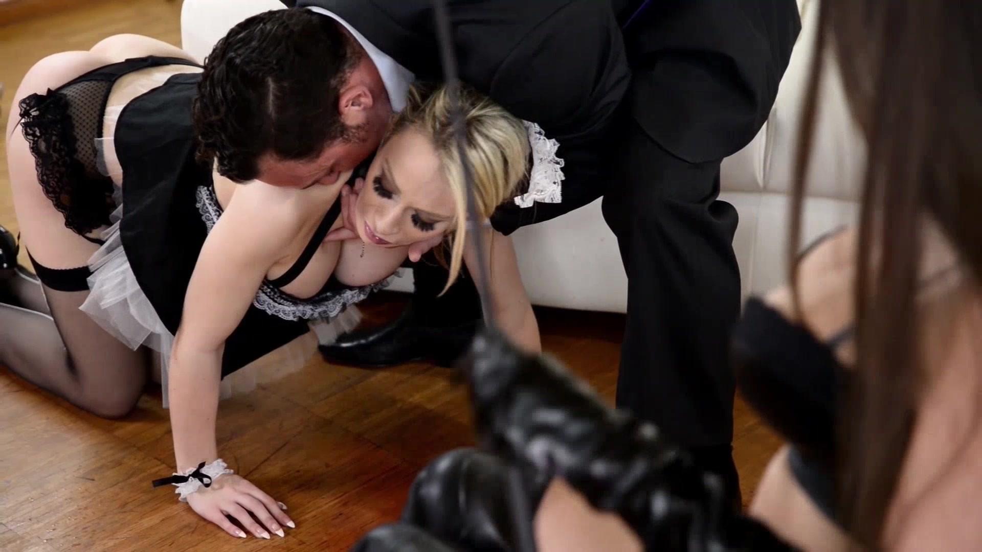 Служанка просит прощения порно