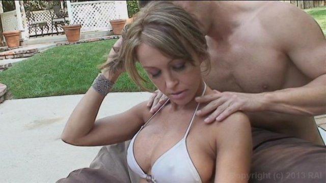 Streaming porn video still #2 from Julia Ann: MILF Trainer