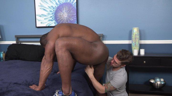 Streaming porn video still #3 from Serviced Vol. 15: ChaosMen
