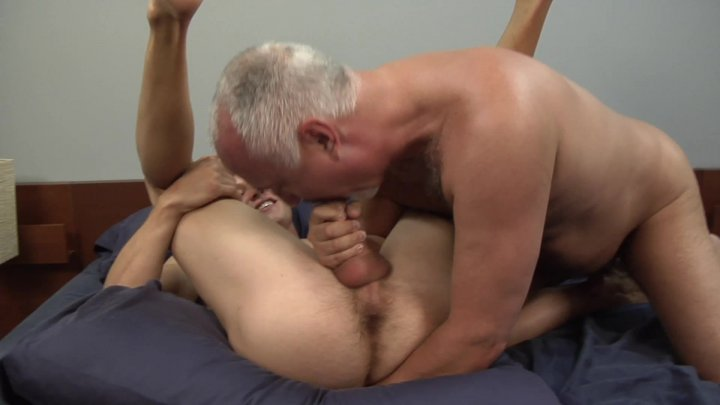Streaming porn video still #1 from Pounding Jake Bareback