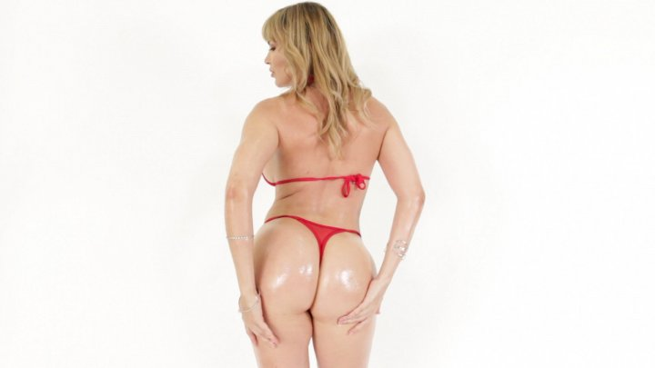 Streaming porn video still #1 from Big Wet MILF Asses 2