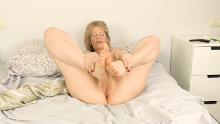 Streaming porn video still #2 from Cougar Paws: MILFs With Sexy Feet 3
