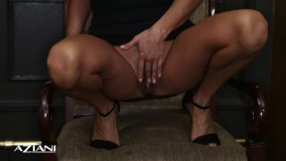 Streaming porn video still #3 from Gorgeous Women Up-Close and Personal 2