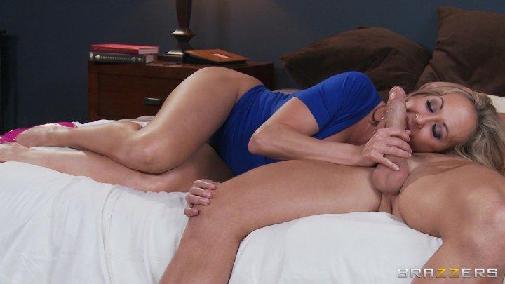 julia-ann-brandi-love-threesome
