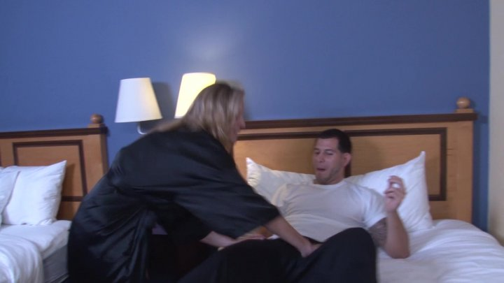 Streaming porn video still #11 from Twisted Family Handlove