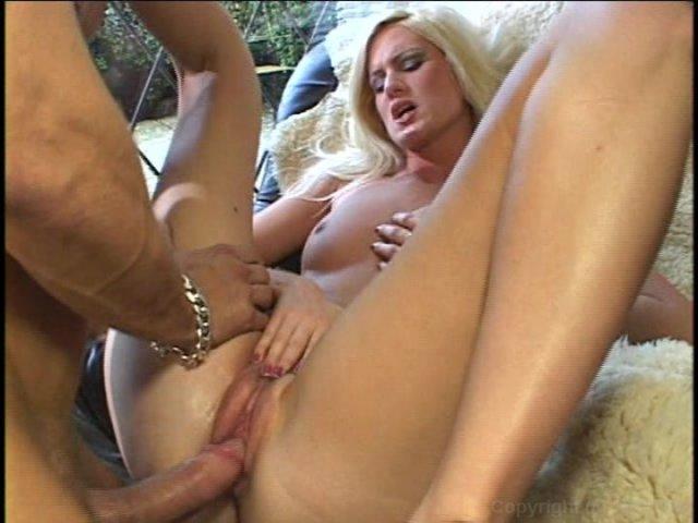 Free wow girls porn pics