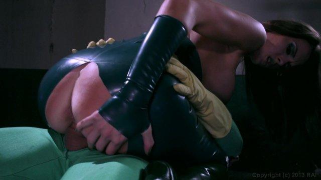 She-Hulk Xxx An Axel Braun Parody  Porn Dvd 2013  Popporn-4988