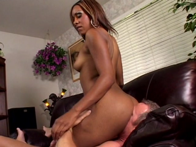 Streaming porn video still #4 from White Up In Her 2