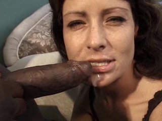 Screenshot #24 from MILF Perfection - 6 Hours