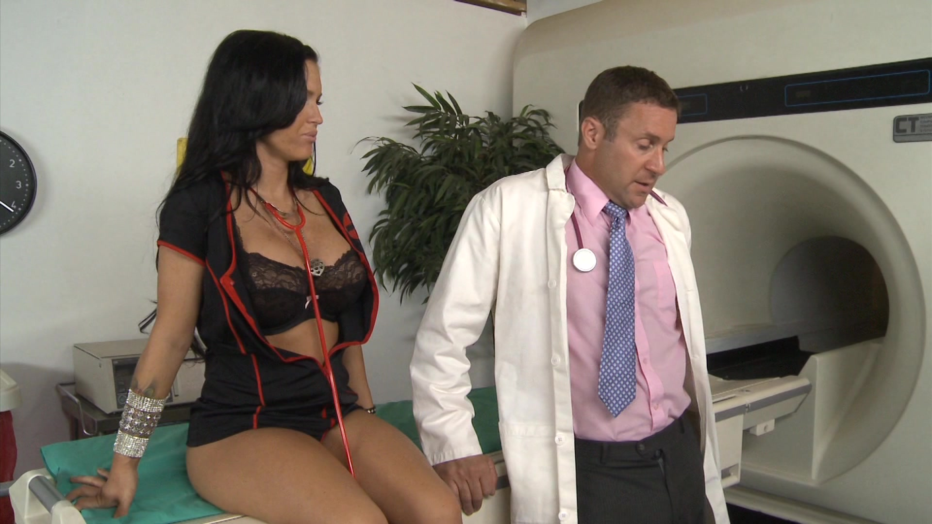 Jack Lawrence, Jenna Presley, Reality Junkies