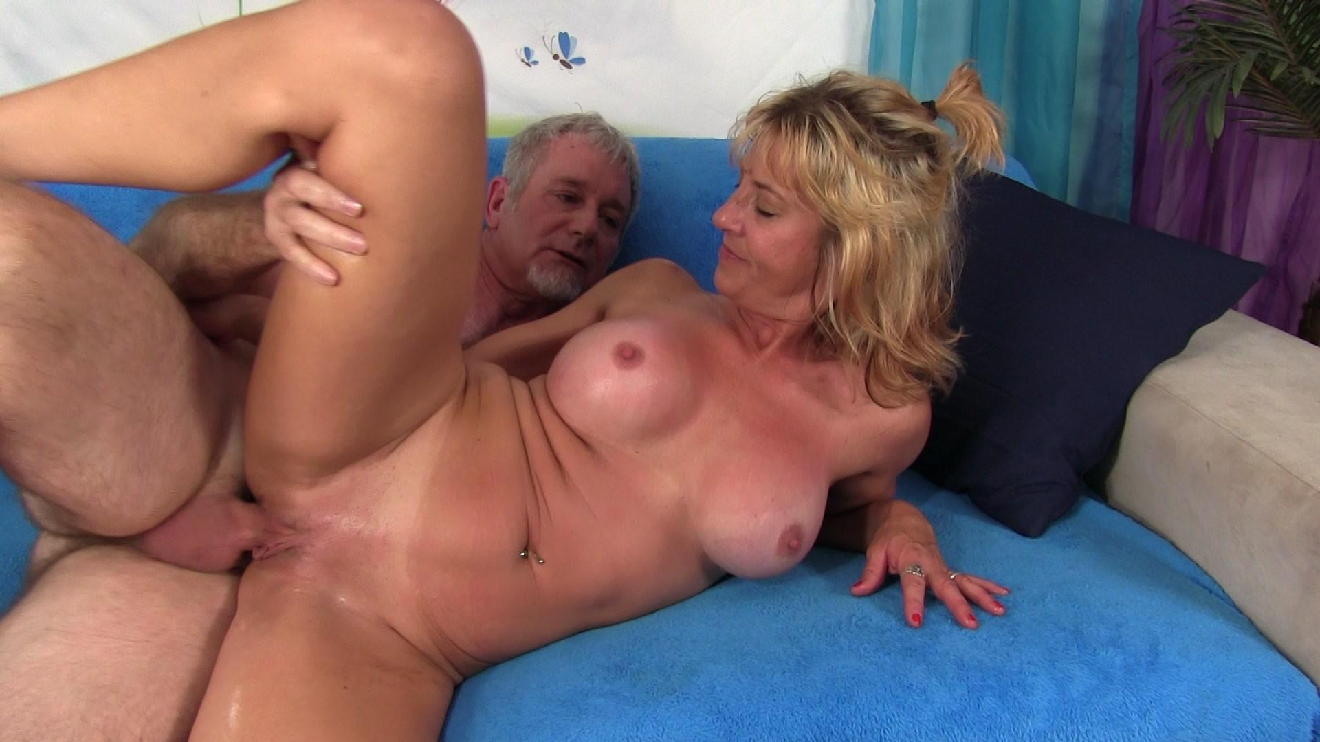 Granny porn photo clips