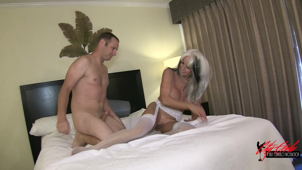 Gay sucking video