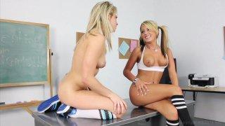 Screenshot #9 from Sex Stars