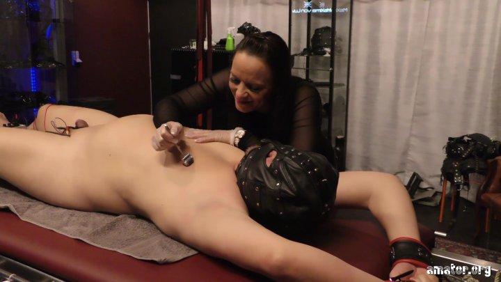 Streaming porn video still #5 from Sanktum