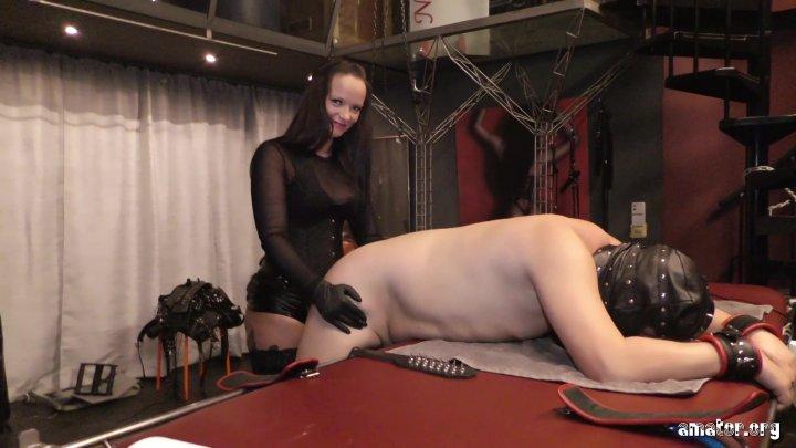 Streaming porn video still #7 from Sanktum
