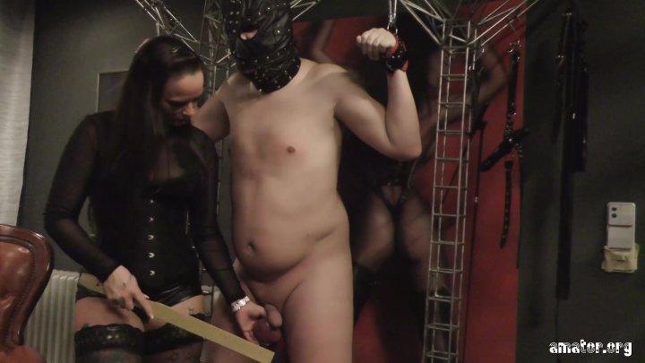 Streaming porn video still #2 from Sanktum