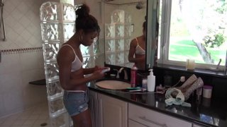 Streaming porn video still #4 from Amateur Ebony Beauties