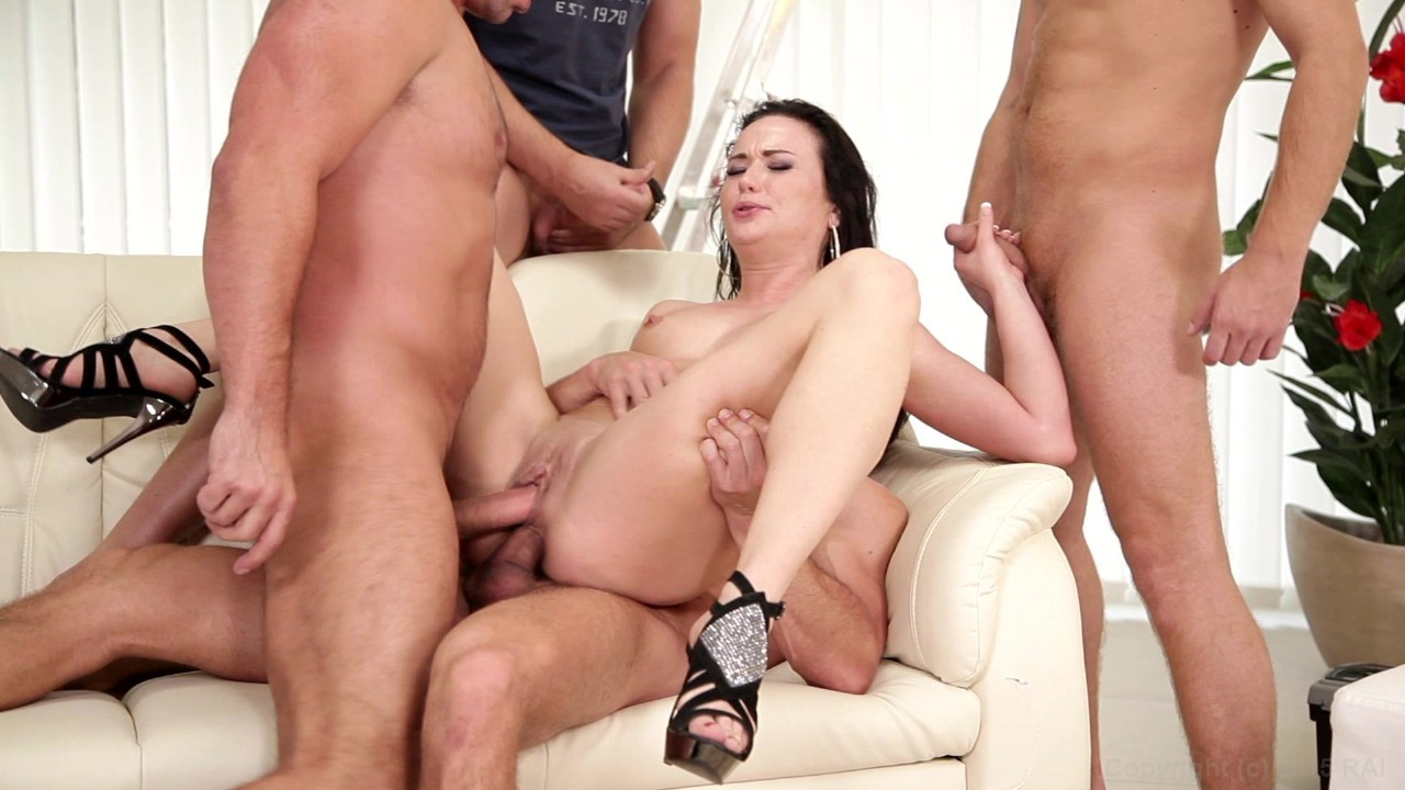 Nikky from in gang we bang 10