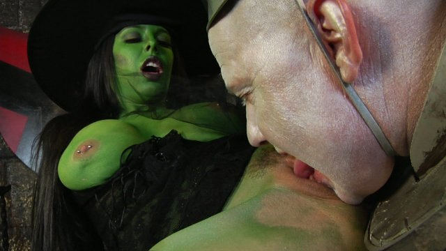 Streaming porn video still #6 from Not The Wizard Of Oz XXX
