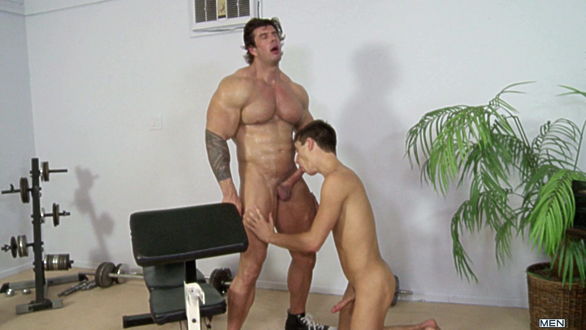 Zeb atlas muscle worship