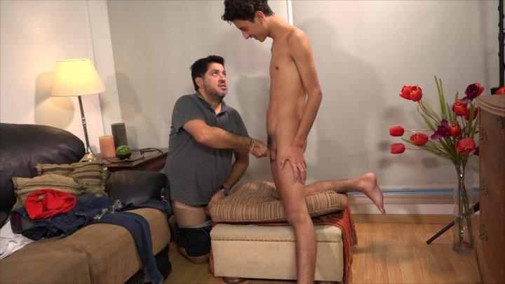 Streaming porn video still #1 from Daddy's Homecumming