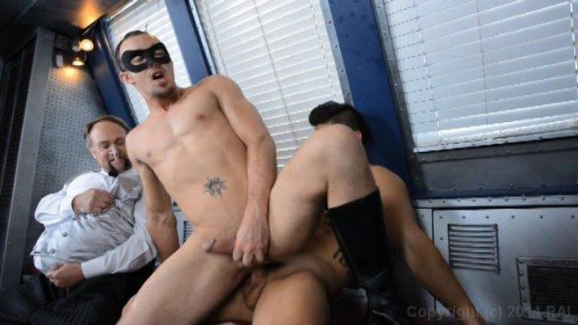 Batman robin suck moan cock