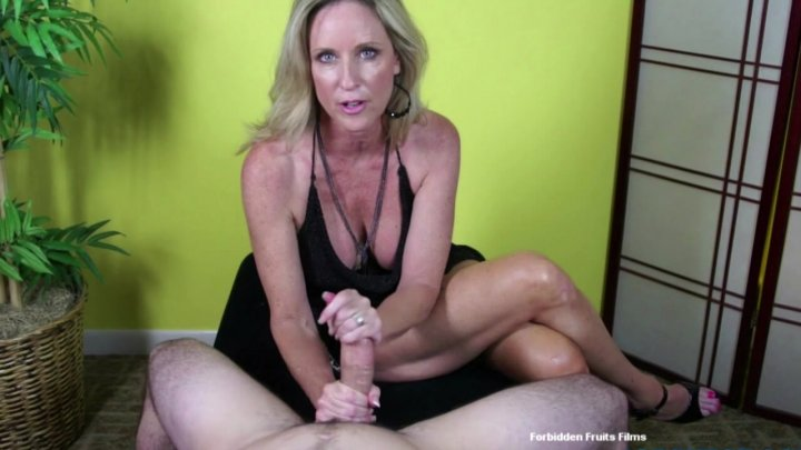 Hot milf streaming