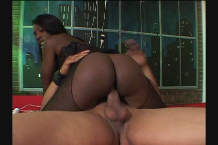 Erotic massage near hilton embassy roll