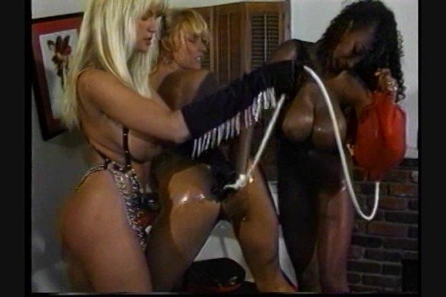 Streaming porn video still #1 from Classic Bondage Girls