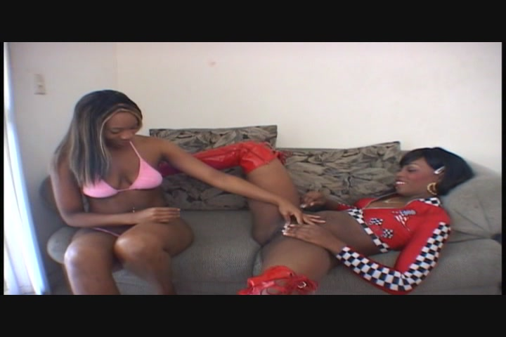 Free videos of black lesbians eating pussy