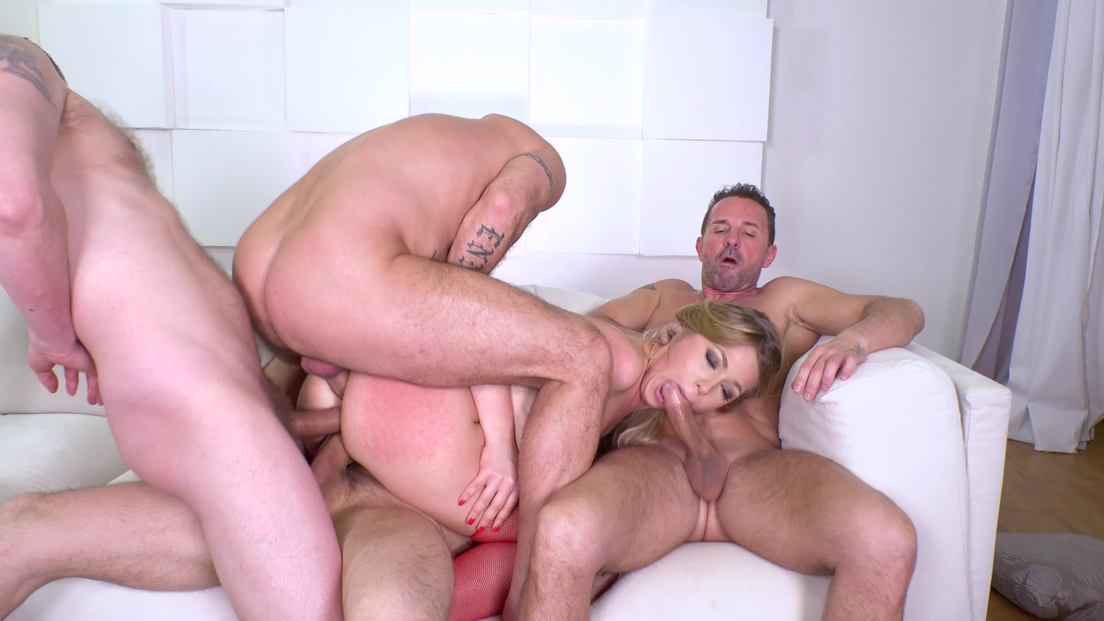 Tgirl ashley george assfucked deeply on gotporn