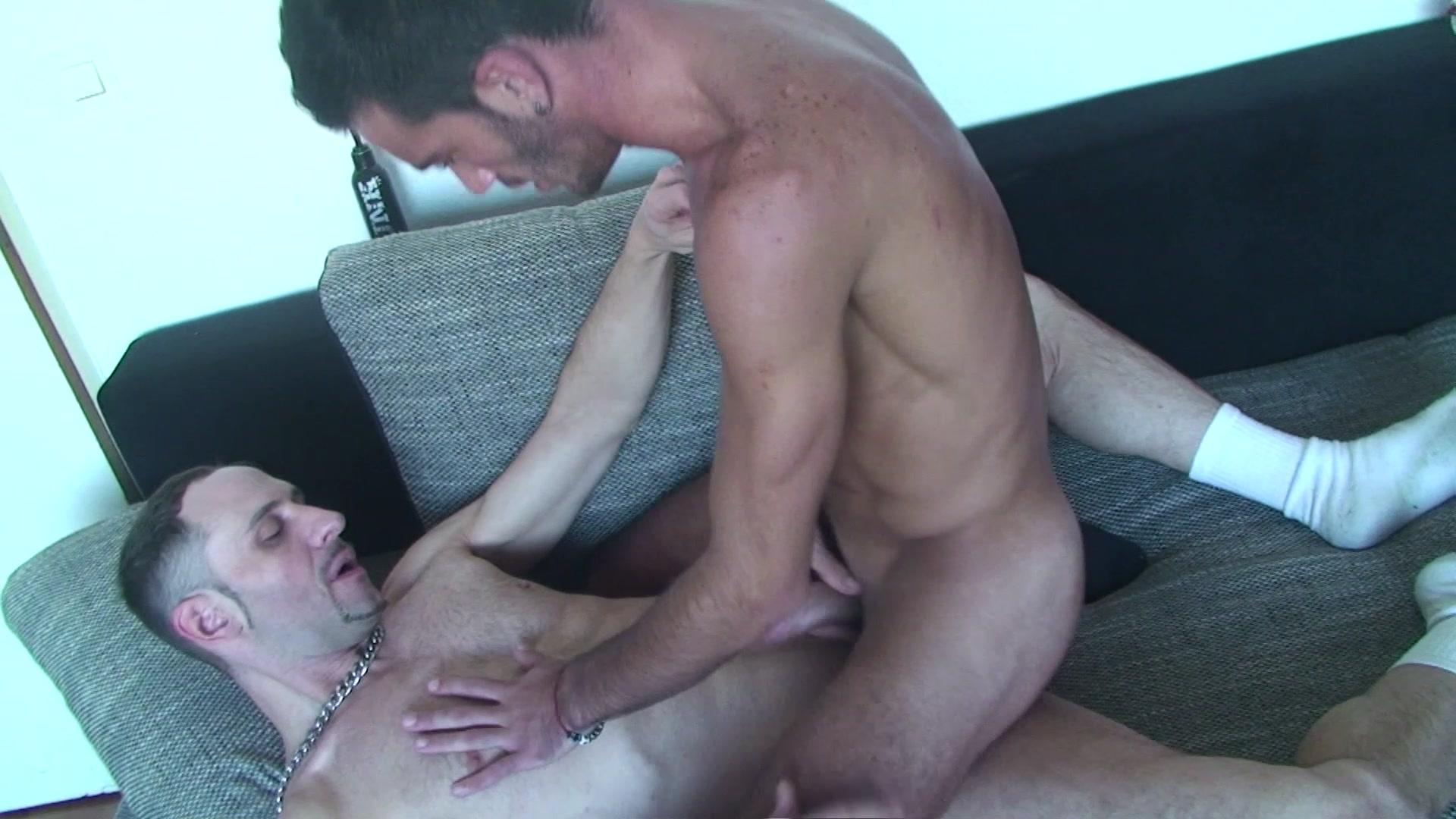 gay men in goa