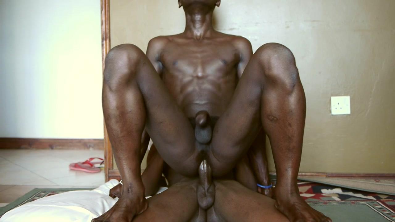 African Blowjob And Bareback Close Up Scene