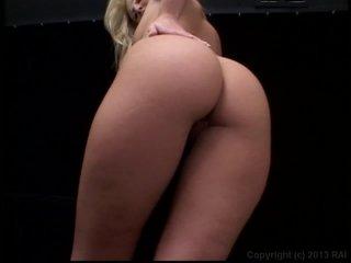 Streaming porn video still #3 from Smokin' 8