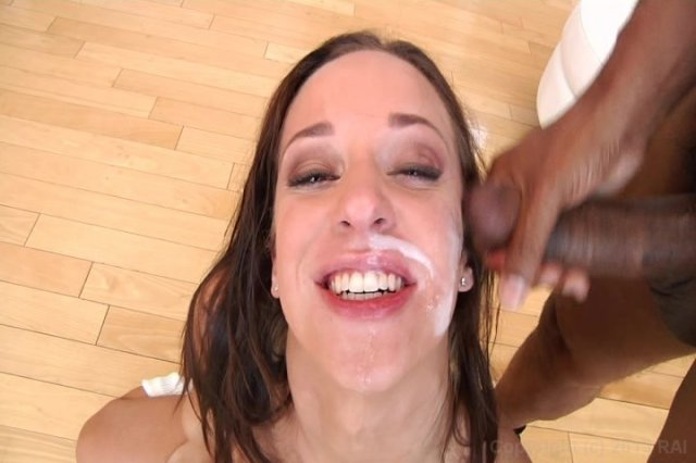 Streaming porn video still #5 from Massive Facials 5