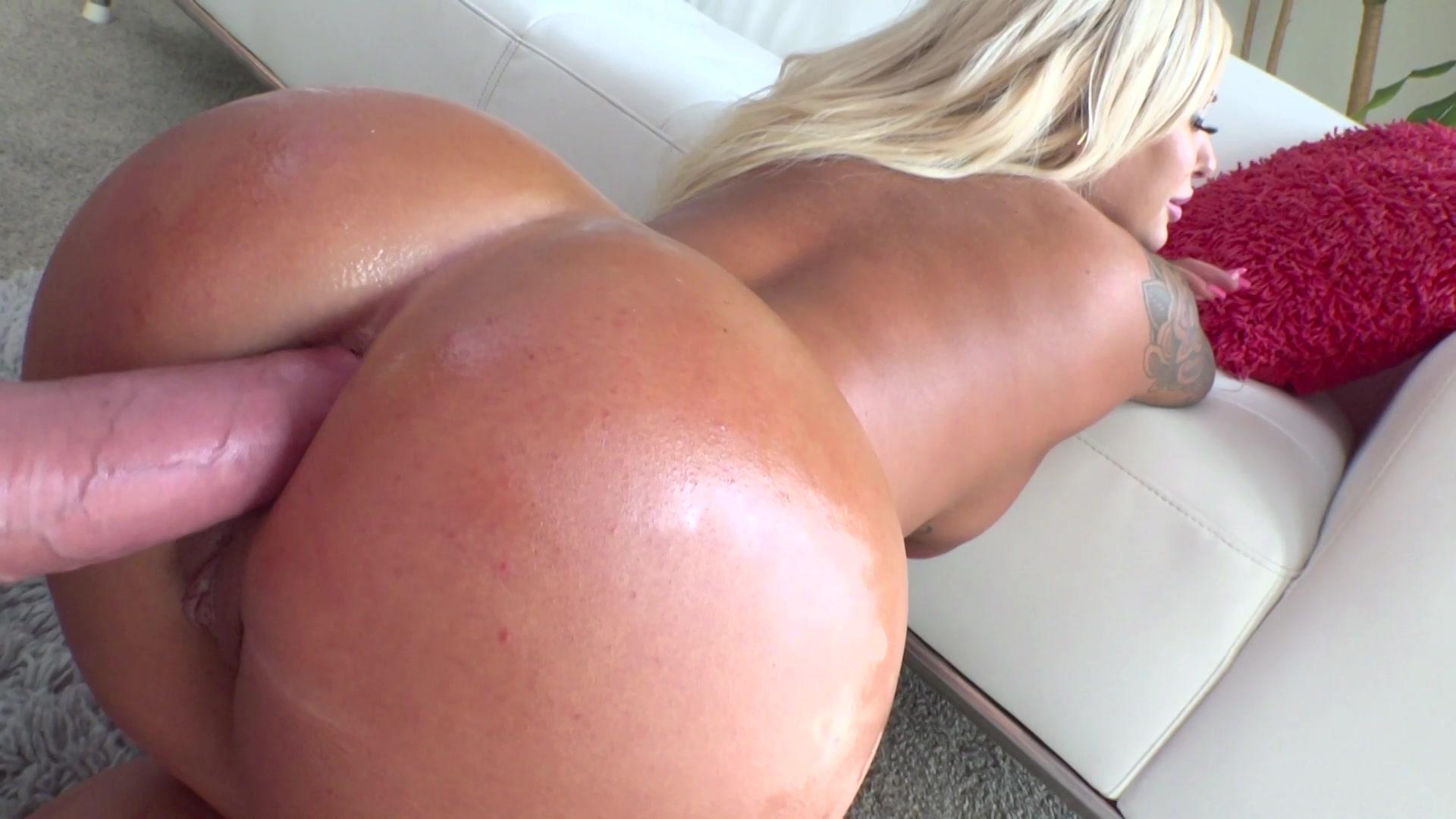 Granny Trailer Porn Pics