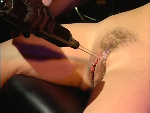 Streaming porn video still #1 from Nina Hartley's Private Sessions 18