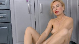 Streaming porn video still #3 from Cougar Paws: MILFs With Sexy Feet 2