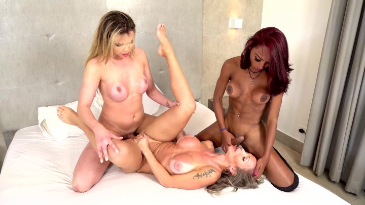 Streaming porn video still #1 from Brazilian Transsexuals Trans 3 Somes #2