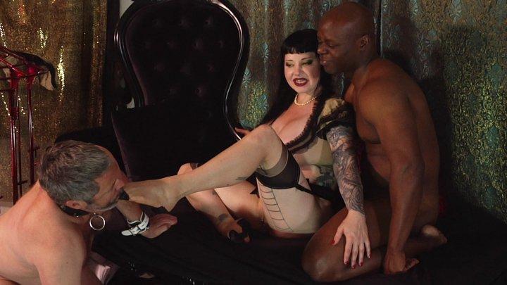 Streaming porn video still #4 from Kinky Cuckold 4