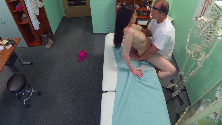 Порно фальшивая клиника, как ухаживать за смородиной весной видео