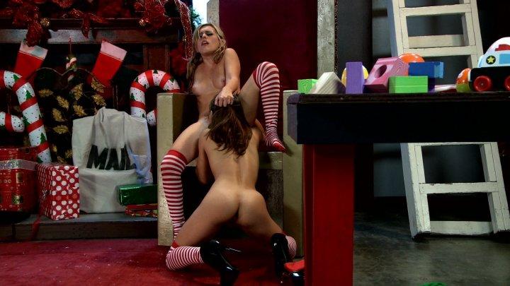 Streaming porn video still #1 from Dirty Santa