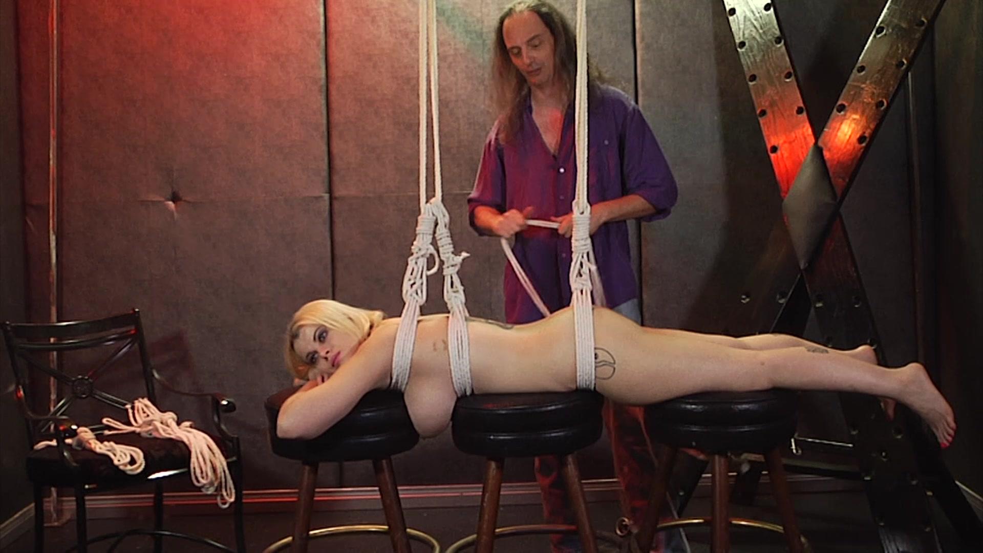 Free bdsm porn pics punishment bondage sex galery images
