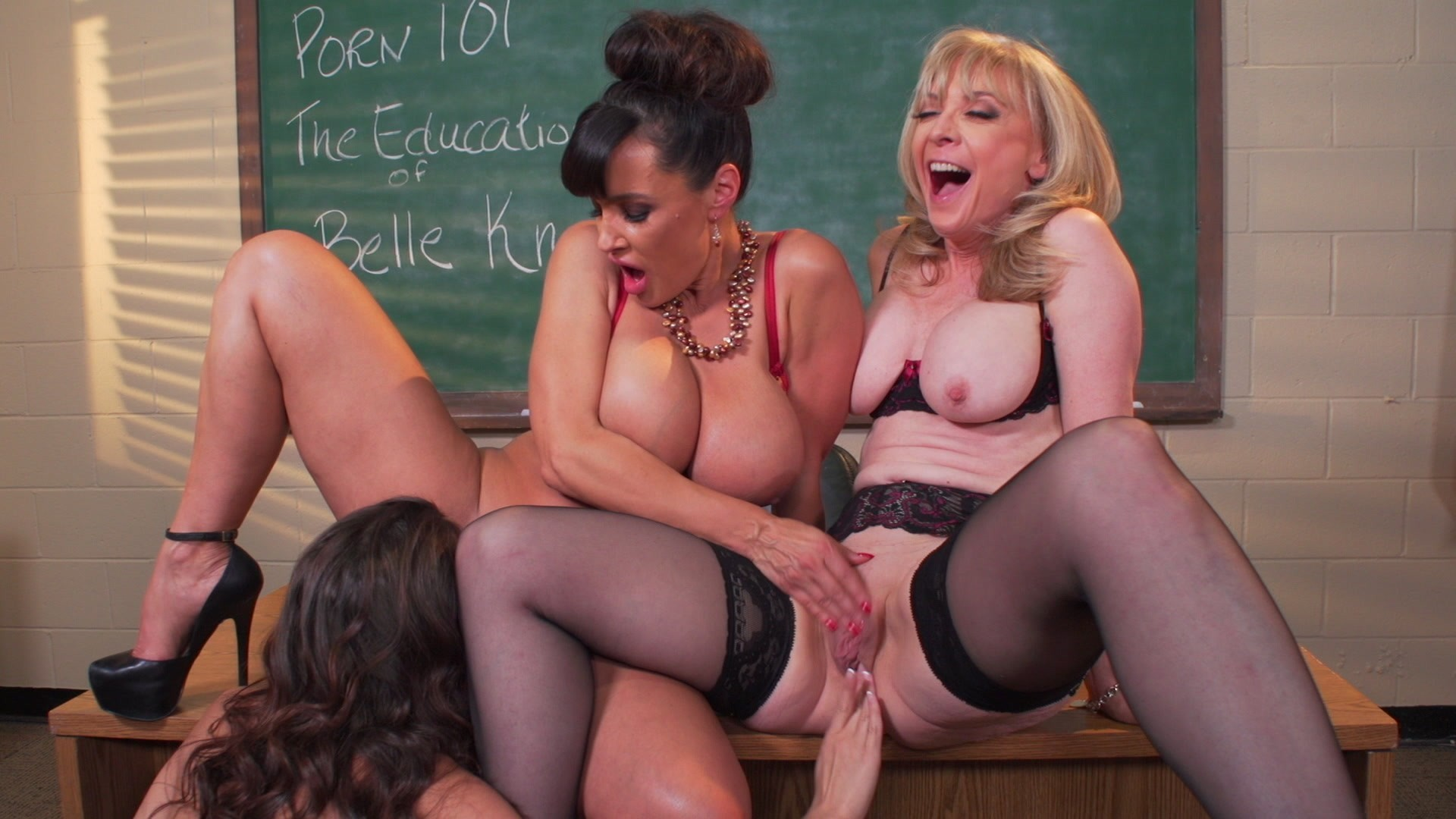 Nude teacher and mom — photo 10