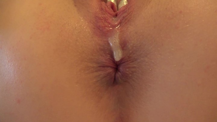 Streaming porn video still #4 from Blonde Fucking Ambition